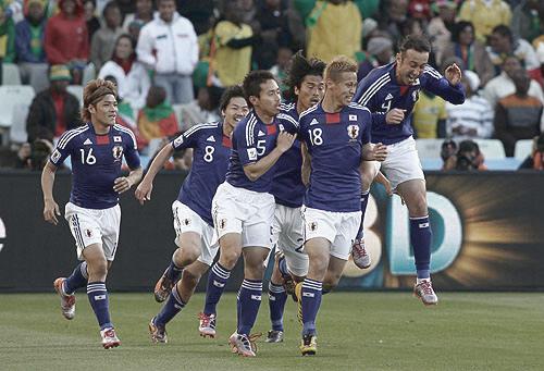 ワールドカップ南アフリカ大会 グループE カメルーン戦 本田ゴール