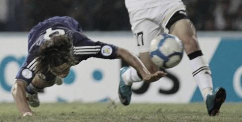 ワールドカップ アジア3次予選 ウズベキスタン VS 日本 岡崎